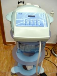 Combina pentru Dermabraziune si terapie cu lumina albastra